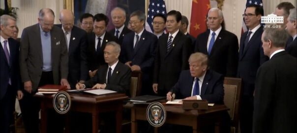 Creative Commons. China y EEUU firman en Washington la primera fase del acuerdo comercial.